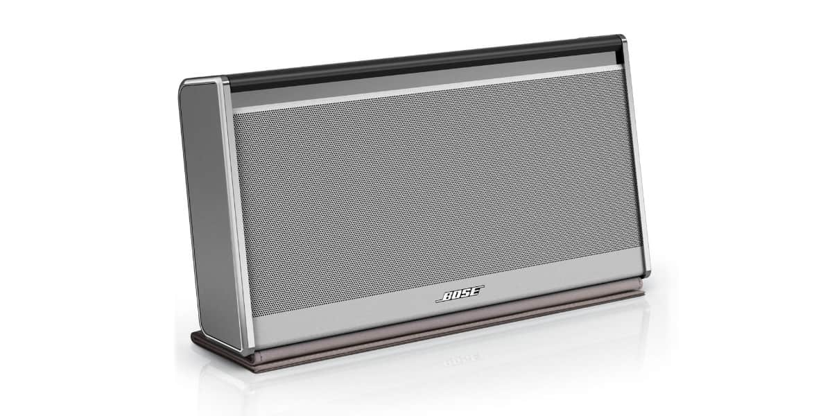 bose soundlink ii cuir enceintes bluetooth sur easylounge. Black Bedroom Furniture Sets. Home Design Ideas