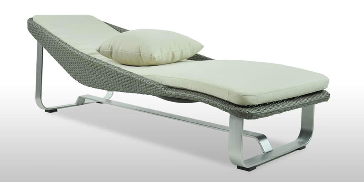 coti design bain soleil calypso bains de soleil sur easylounge. Black Bedroom Furniture Sets. Home Design Ideas