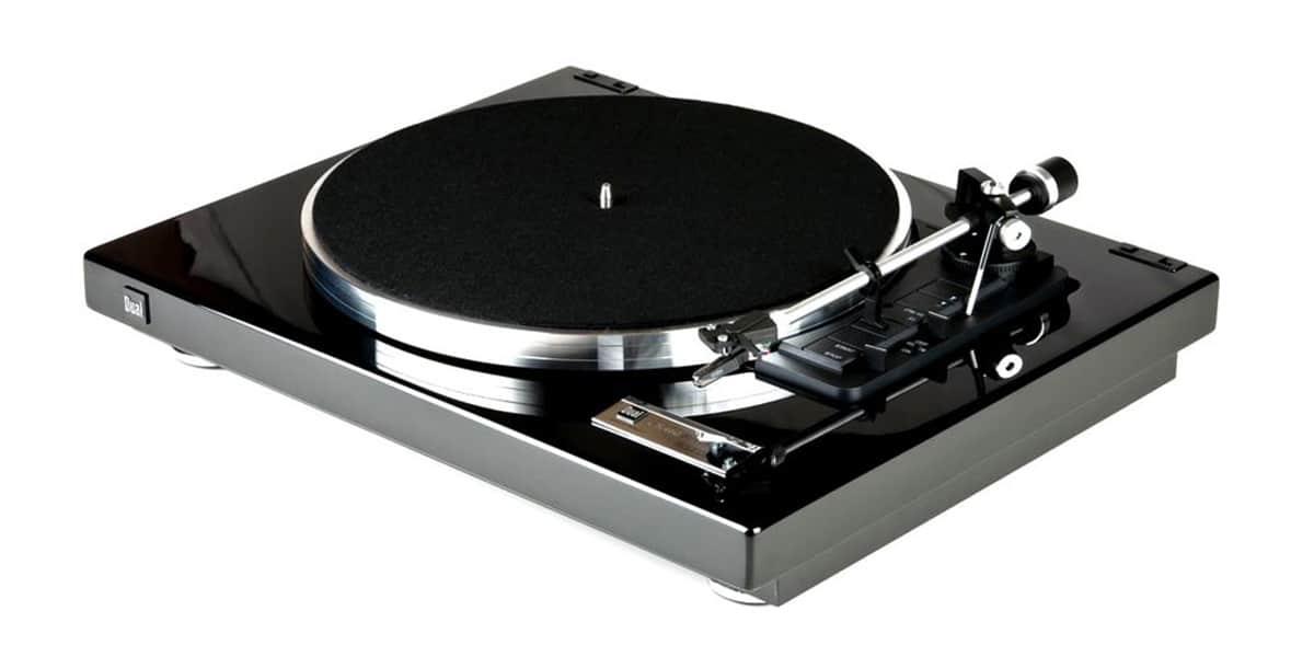 dual cs 460 noir laqu platines vinyles audiophiles sur easylounge. Black Bedroom Furniture Sets. Home Design Ideas