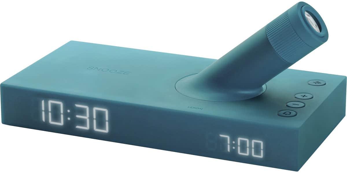 Lexon lumo lr129 bleu radio r veils et webradio sur easylounge - Reveil avec projecteur plafond ...