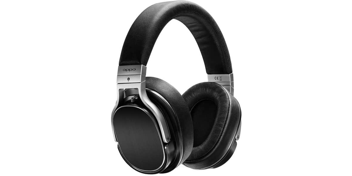 oppo pm 3 noir casques audio hifi sur easylounge. Black Bedroom Furniture Sets. Home Design Ideas