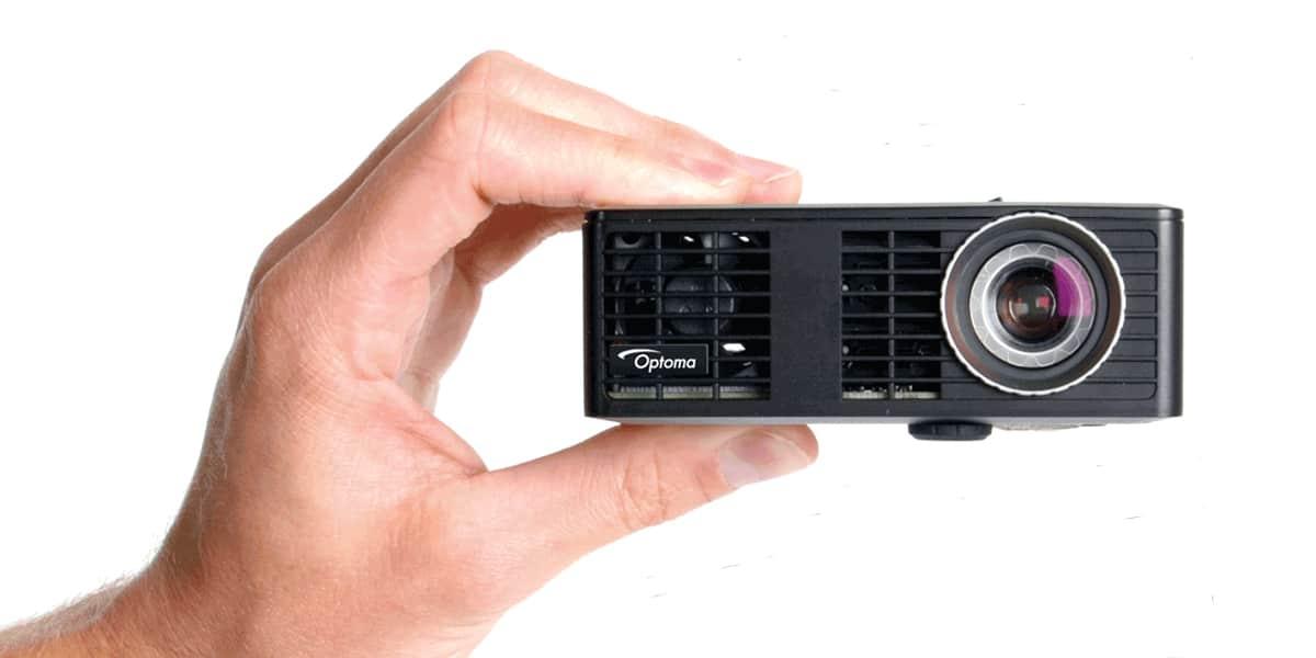 Optoma ml550 vid oprojecteurs home cin ma sur easylounge - Videoprojecteur home cinema pour un interieur ultra moderne ...