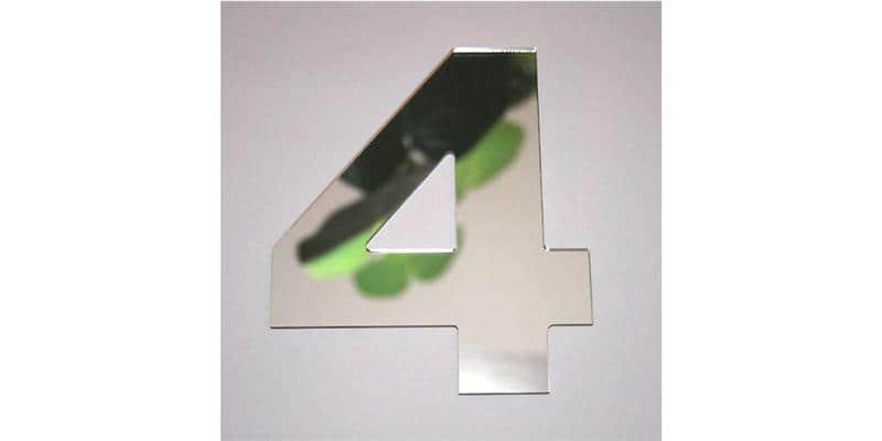 Tendance Miroir Chiffre 4 L